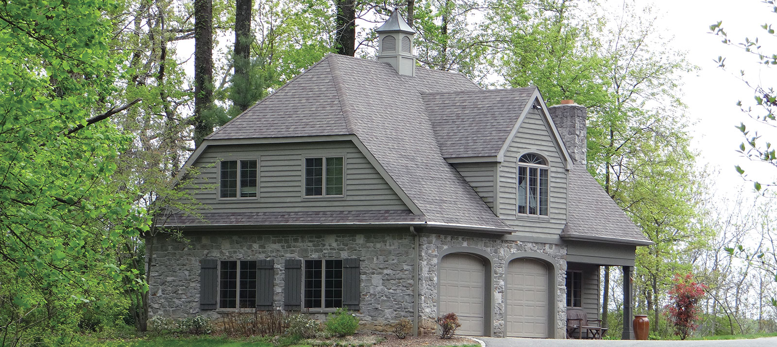 Achieving the carriage house look functionality for How much to build a carriage house