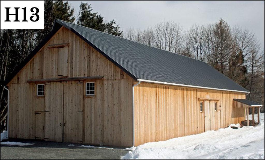 custom horse barn h13