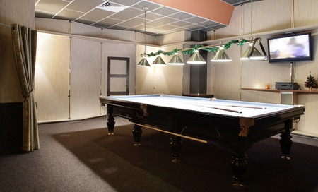 pool-table-man-cave-garage